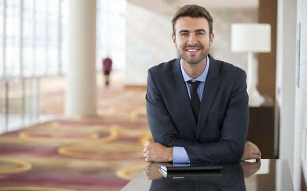 Du học Thụy Sĩ ngành Nhà hàng khách sạn – Du lịch: Thực tập lương 2.172 CHF/tháng