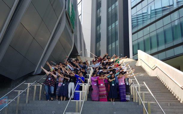 Viết essay, rinh ngay giải thưởng chuyến du học hè Singapore miễn phí