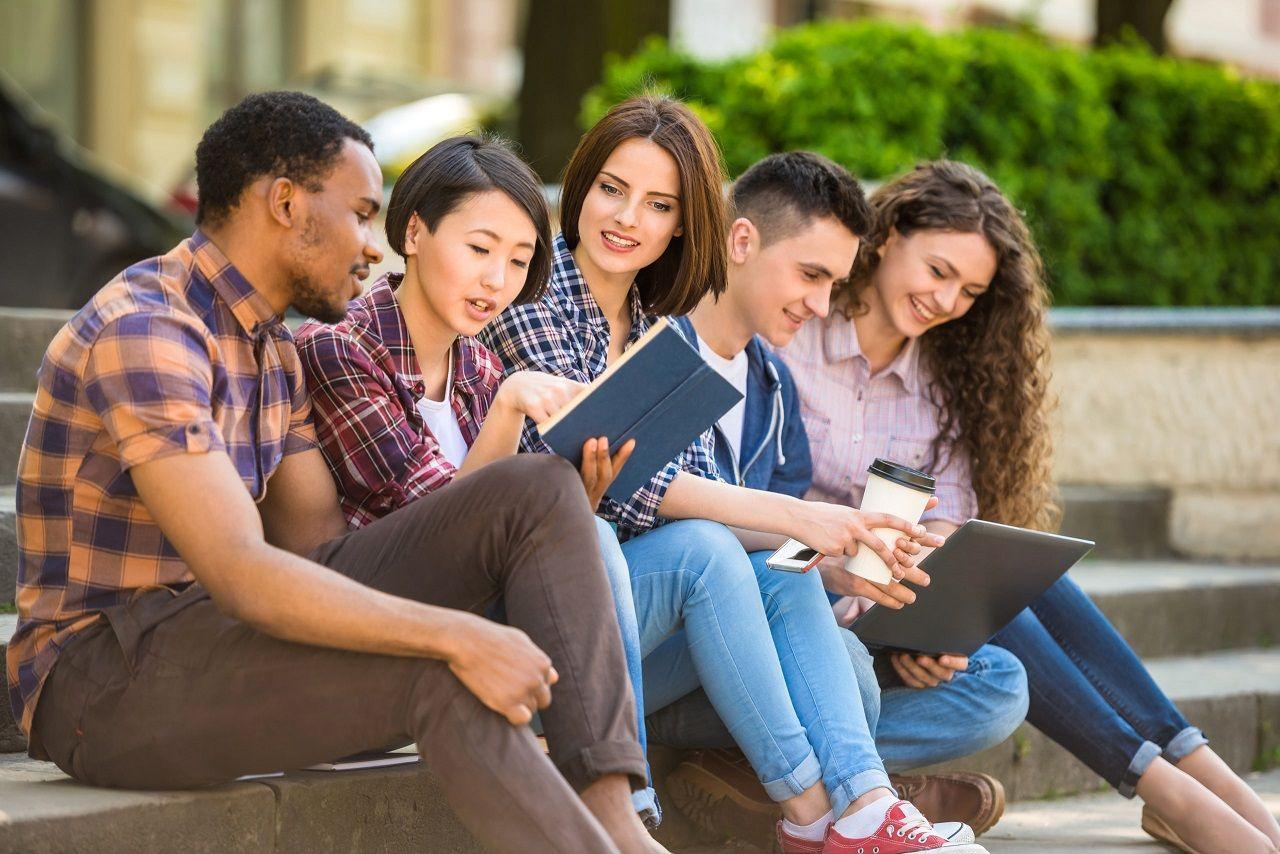 Du học Canada 2021 yêu cầu về IELTS và những điều kiện cần thiết