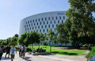 """""""Đập hộp"""" học bổng du học đến 100% của Đại học Deakin, Úc"""